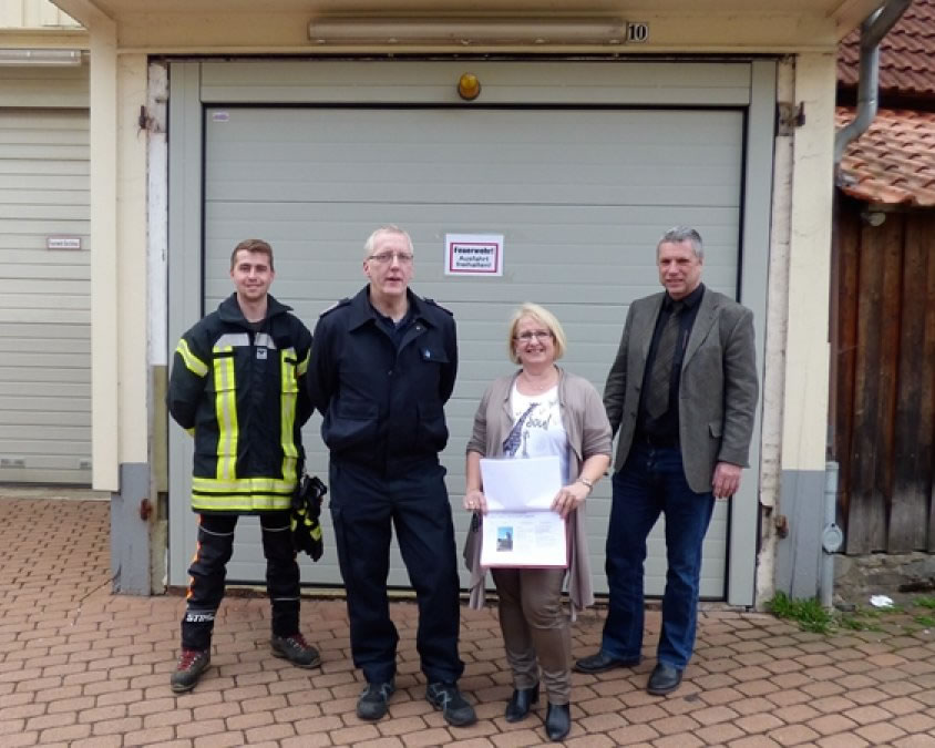 Garagentor für die Feuerwehr Lonau